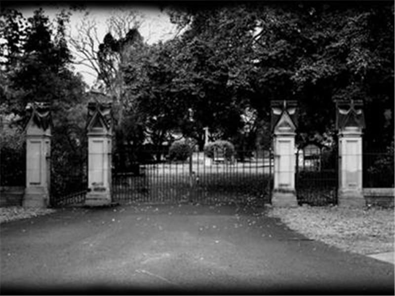 Toowong Cemetery Ghost Tours - The Original